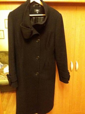 Продам пальто из шерсти