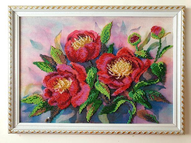 Картина из бисера и батика