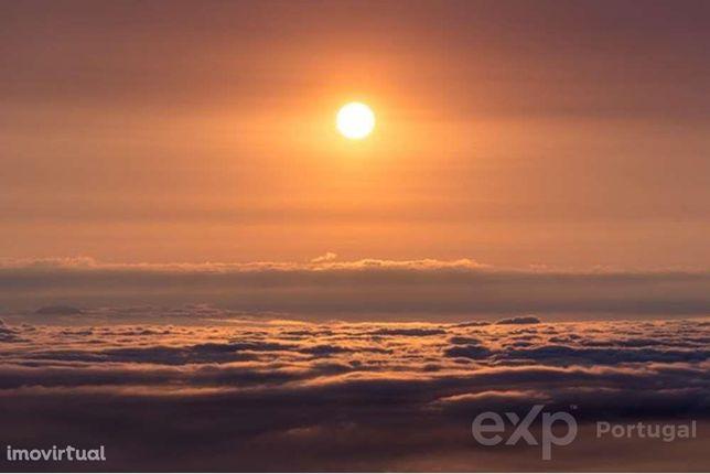 Terreno com 15480m2  vista total de mar e serra com Projecto para c...