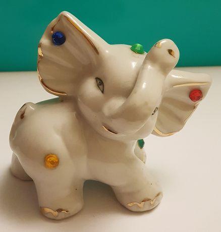 Stary słoń słonik z porcelany