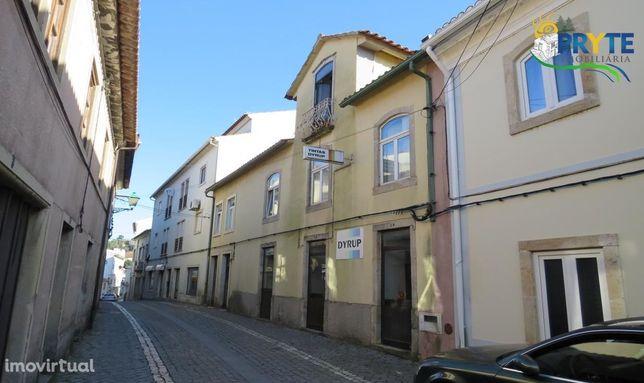 Moradia T7 situada no Centro da Vila Histórica da Sertã