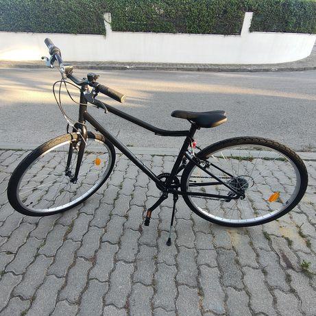 """Bicicleta Nova, 6 velocidades, roda 28"""", indicado 1,65-1.80m de altura"""