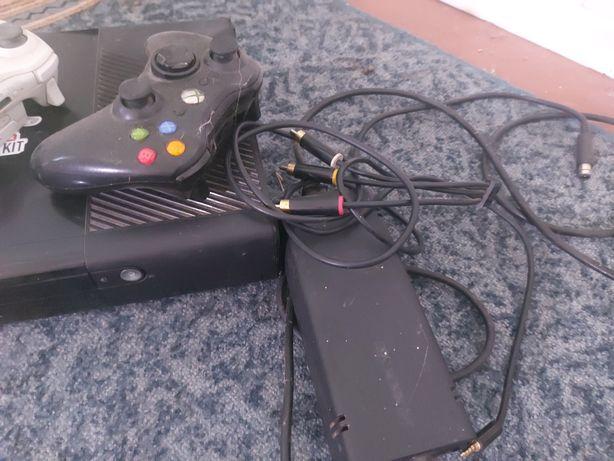 Xbox 360 (в отличном состоянии)