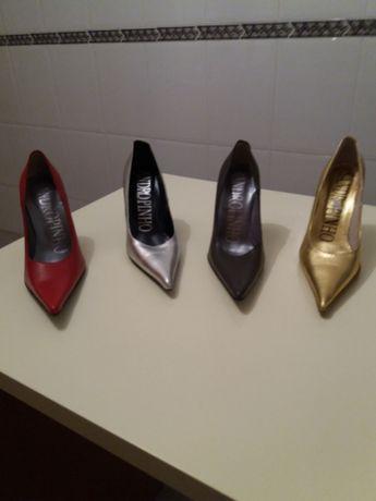 Sapatos stiletos