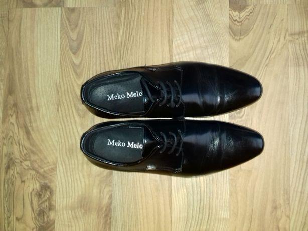 buty pantofle rozmiar 38 komunia męskie