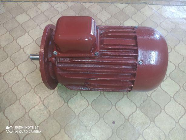 Silnik elektryczny 3 fazowy 2.2kw obr2800