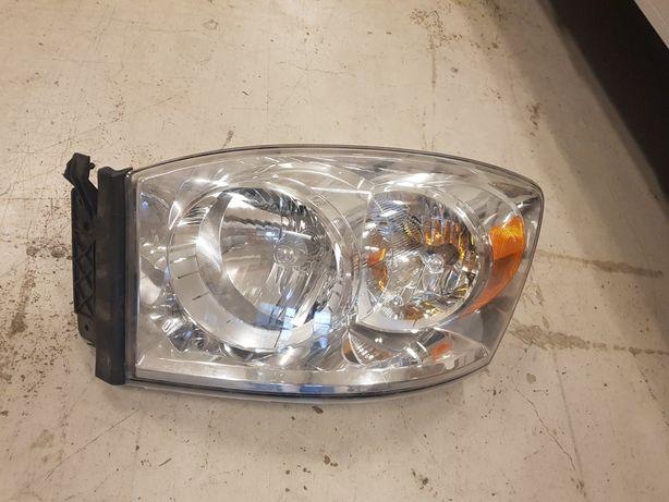 Lampa lewa dodge ram 2006- nowa oryginał