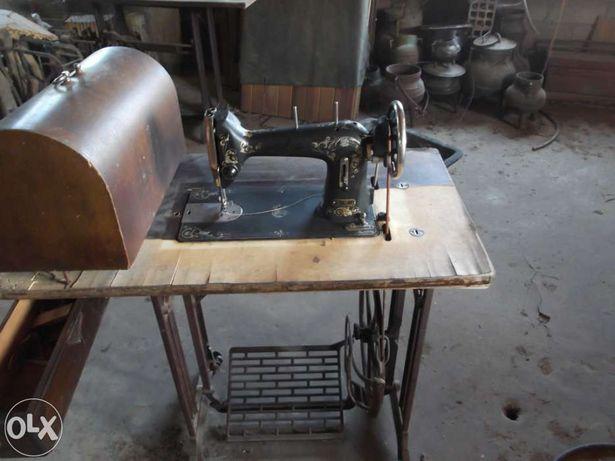 Máquina de costura huskvarna