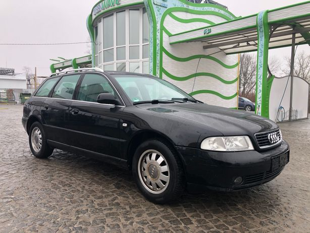 Audi A 4 автомат, шкіра, газ-бензин ТЕРМІНОВО !