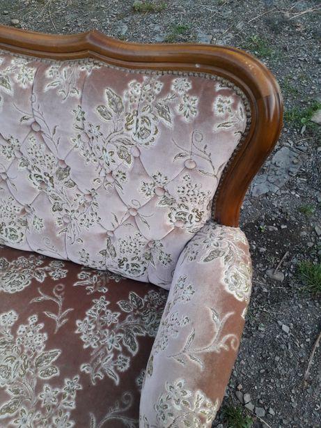 Продам диван антикваріат