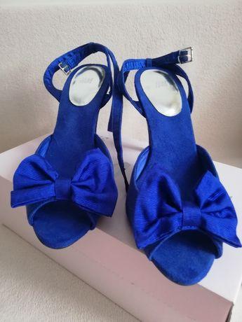 H&m Sandałki sandały buty niebieskie szafir 40 z kokardką na obcasie
