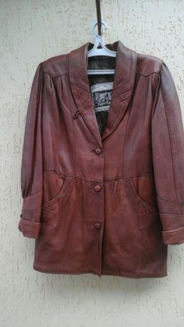 Продается кожаная куртка, размер 48-50