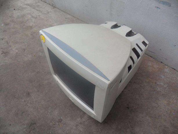 Монитор Sync Master 500b