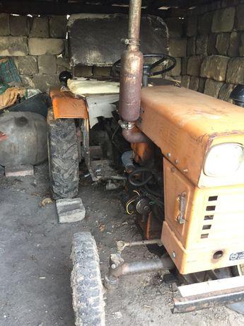 Продам трактор Синтай