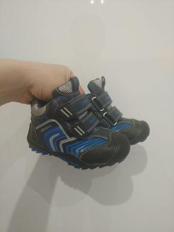 Adidasy buciki na wiosnę Geox 20 jak nowe