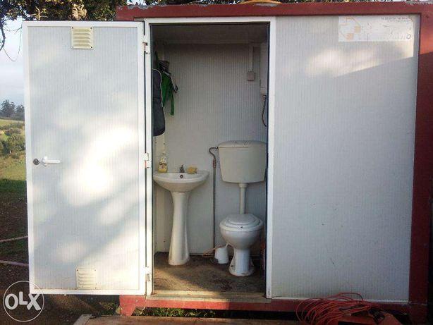 Contendor sanitário