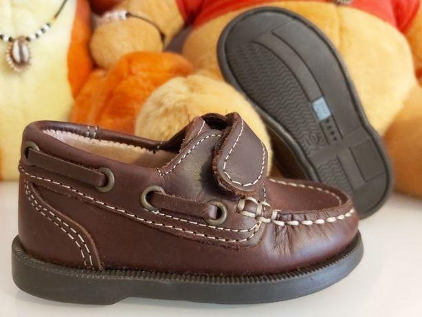 Sapatos bebé Zy em pele, n.º 19 - NOVOS
