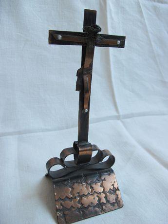 Pasyjka Krucyfiks Krzyż z Jezusem miedź miedziany