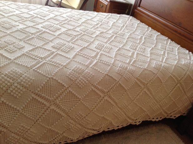 Colcha crochê branca nova cama casal 2;40/2:20 feita mão