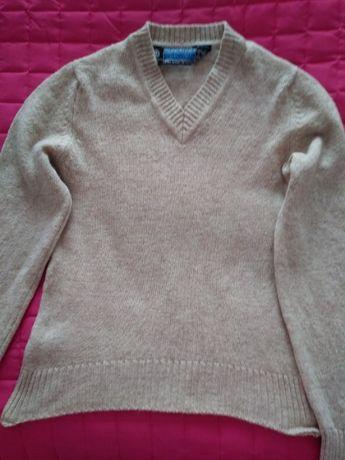 Sweter z naturalnej wełny