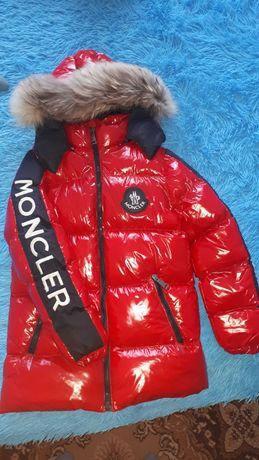 Зимняя куртка на 8-10 лет