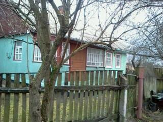 Продам дом в пгт Романов, Житомирской обл. 8000у.е.