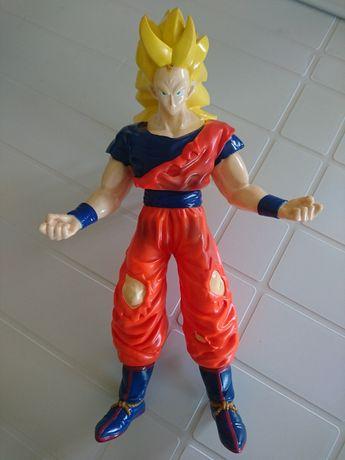 Boneco Dragon Ball - Son Goku Mega Guerreiro - Super Saiyan 3 - 40 cm
