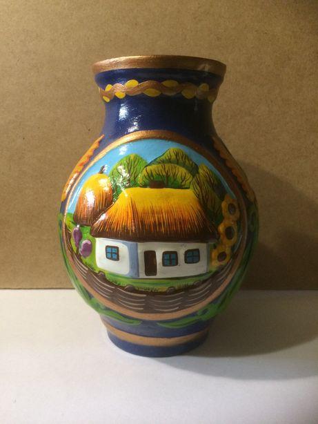 Керамическая ваза.