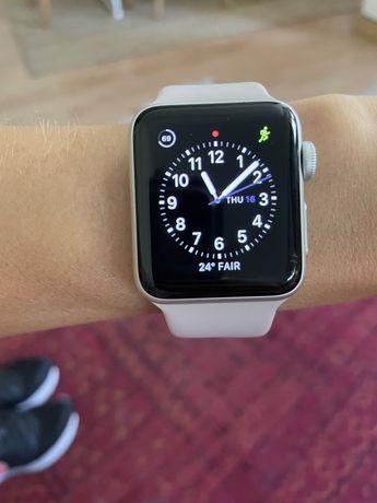 Apple Watch Series 3 - 38mm - Silver - Sport Band Branco