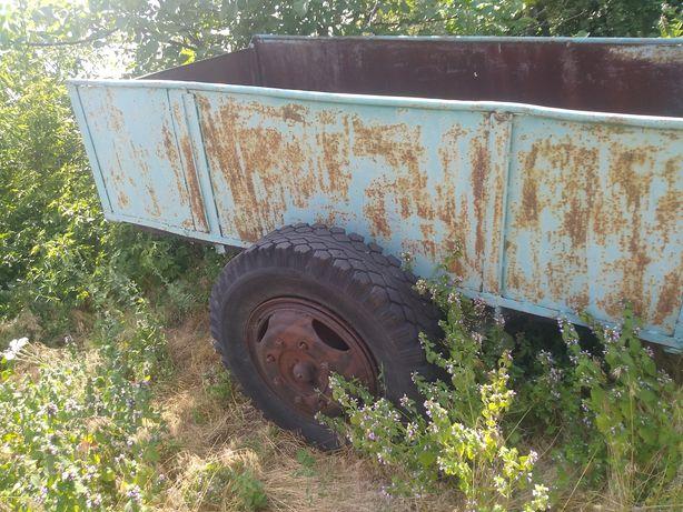 Одноосный прицеп тракторный