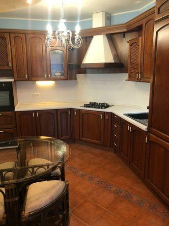 Продам 3 комнатную квартиру Центр Грушевского Артема