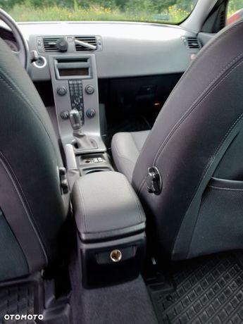 Volvo V50 Sprzedam Volvo V50 1,6 benzyna