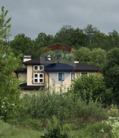 Благоустроенный дом 476 м2 на участке 14,6 соток в Новых Безрадичах
