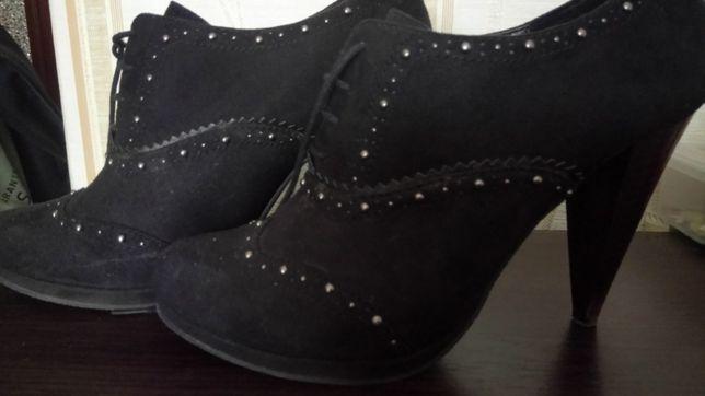 Ботинки туфли 40 р.