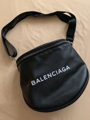 Сумка,клатч,барсетка,бананка (BALENCIAGA)