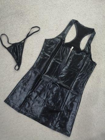 Czarna sukienka latex  mini suwak XS s