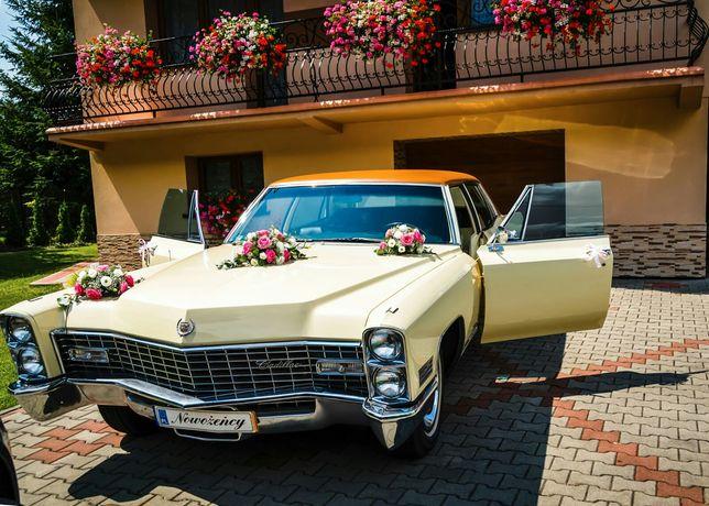 Auto samochód do ślubu Cadillac Fleetwood zabytkowy klasyk