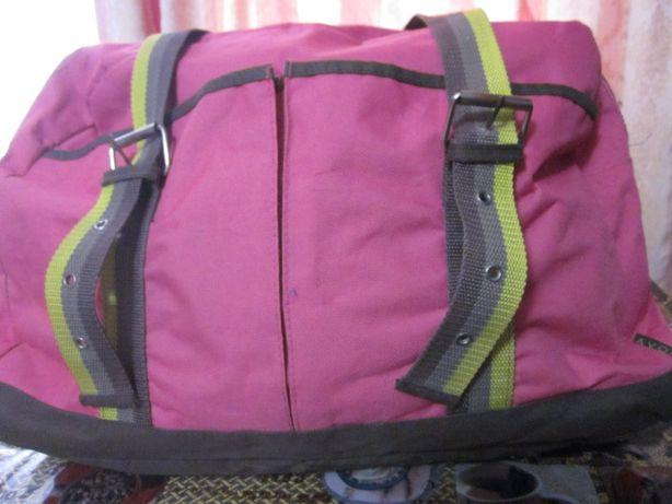Продам женскую дорожную сумку Эйвон