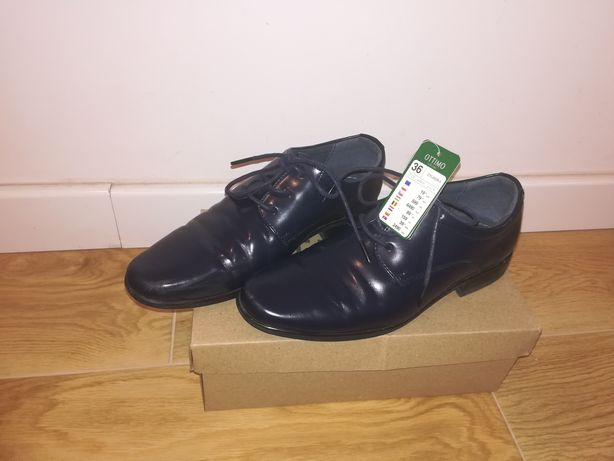 Pantofle dla chłopca 36