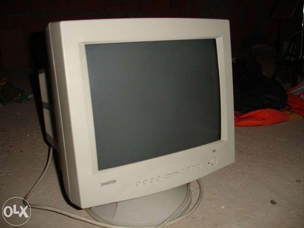 Monitor PC Samtron 55E de 15 polegadas