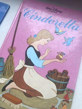 Золушка на немецком. Детская книжечка.