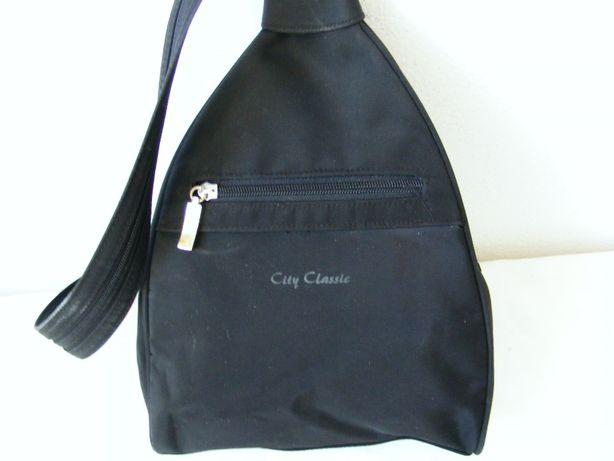 Plecaczek czarny City Classic