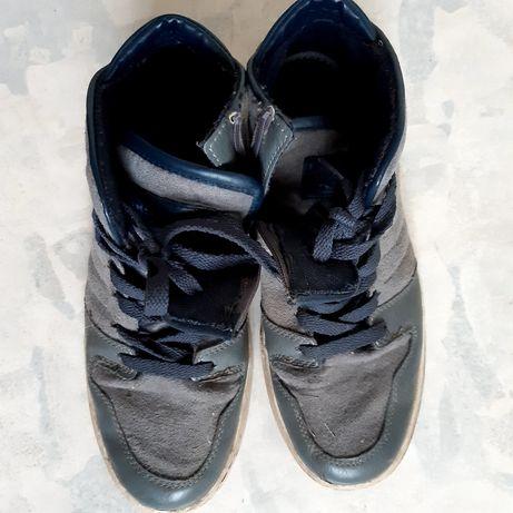 Ботинки деми 39 р.