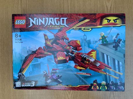 Конструктор LEGO Ninjago Истребитель Кая 513 деталей 71704