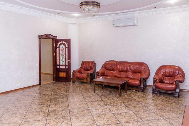 Продається елітна квартира у центрі м.Луцька