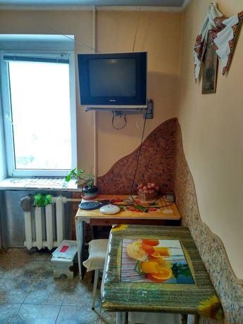 Зам 1 кімнату в 2 кімнатній квартирі на підселення .вул Хвильового 14
