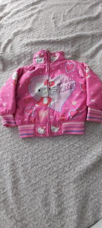 Różowa kurtka Hello Kitty