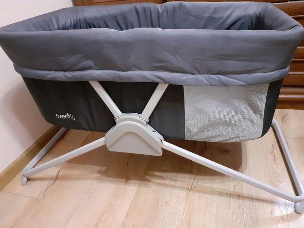 Детская кроватка складная до годика