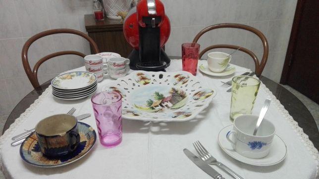 Loiça Nova Conjunto muito Bonito Com Oferta Maquina Café Nova