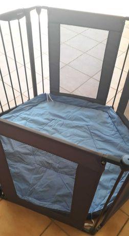 Barreira de segurança infantil com colchão fino